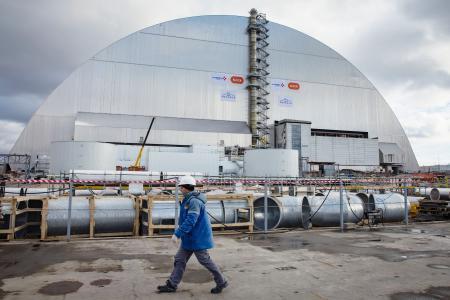 【原発事故】チェルノブイリで覆いの設置完了 耐用年数は100年