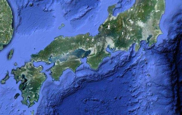 明日南海トラフ地震くんの?